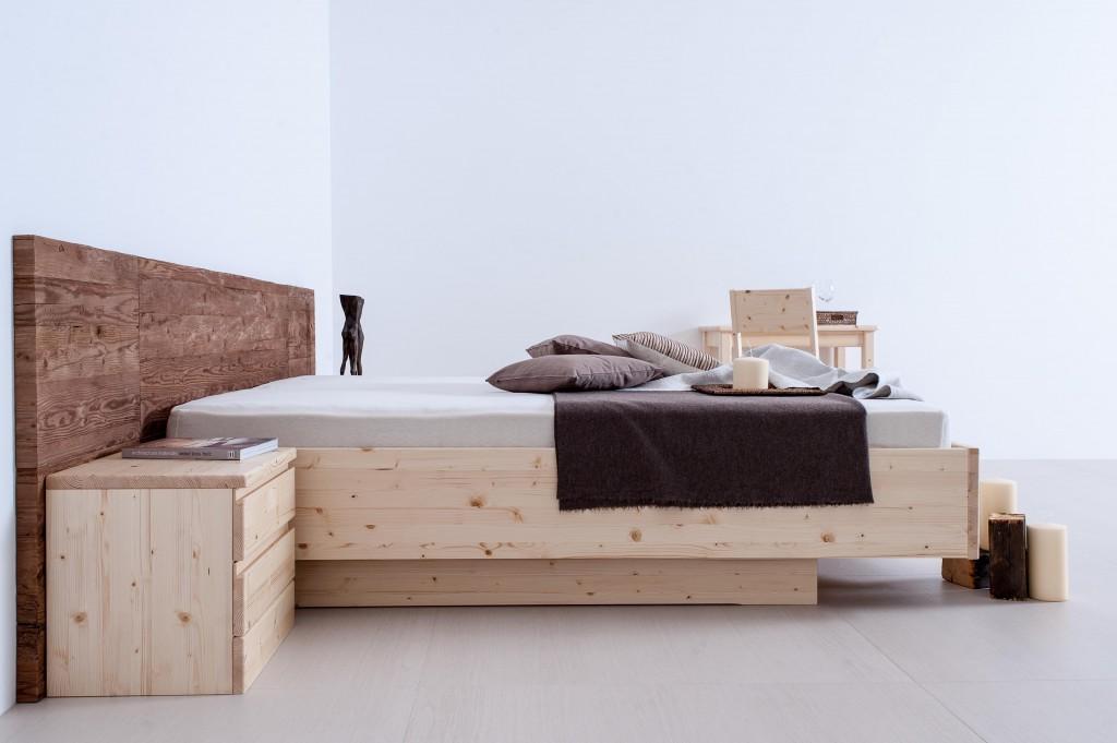 Tischlerei CNC Innenausbau Massivholzmöbel Bett Altholz Fichte