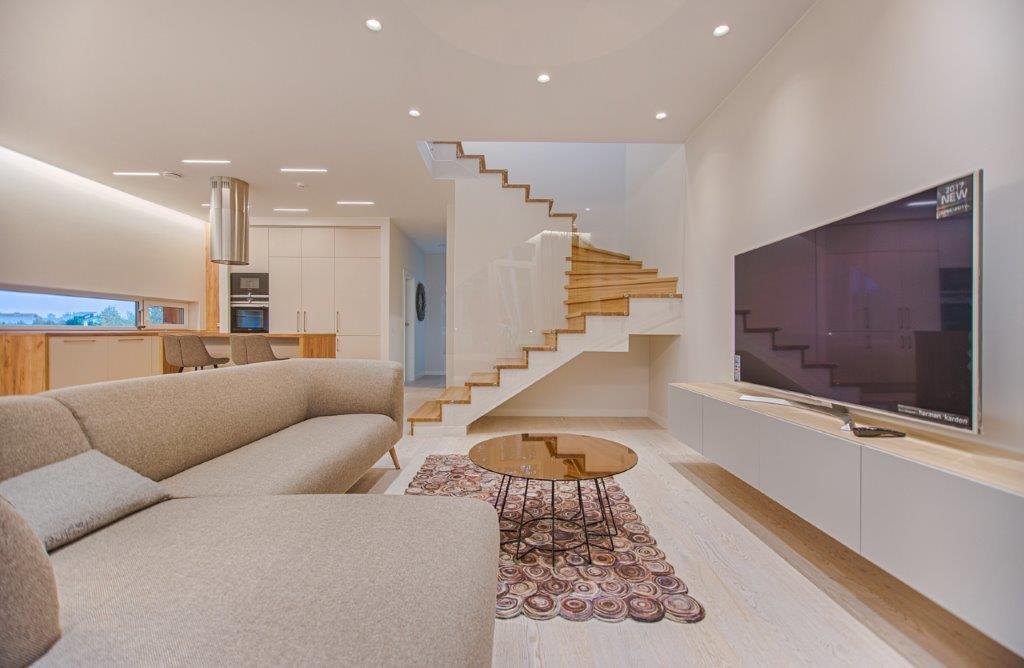 Innenausbau Treppe Stiegenbau Steiermark Geländer Architektur Beleuchtung Boden Decke