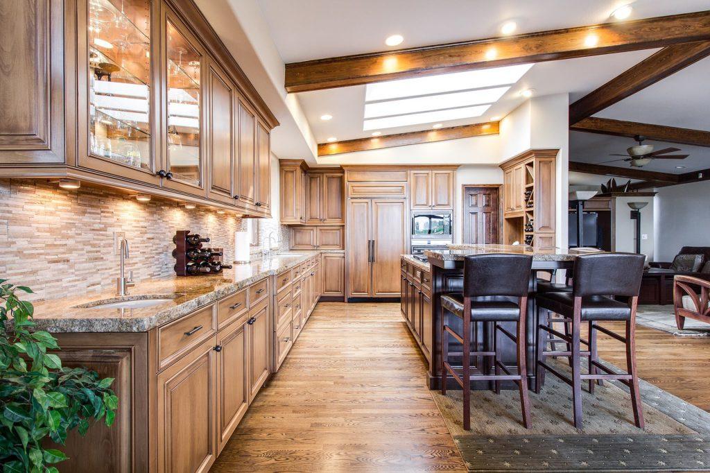 Bausanierung Innenausbau CNC Innenarchitekt Küche Massivholz Zimmerei
