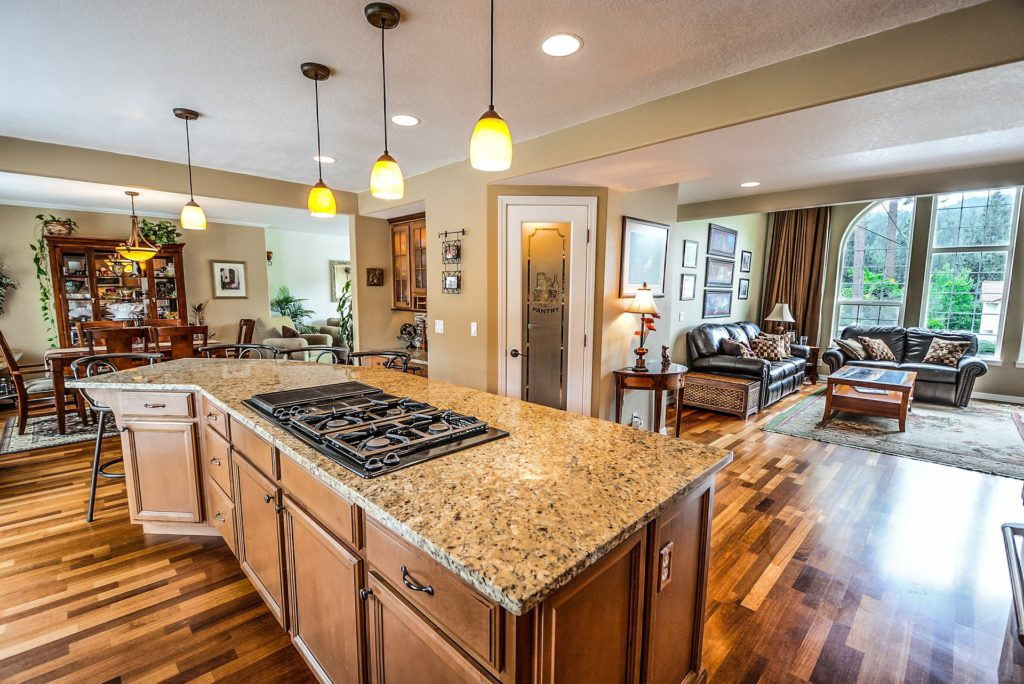Altbausanierung Badsanierung Küche Schrankraum Interior Design Massivholzmöbel
