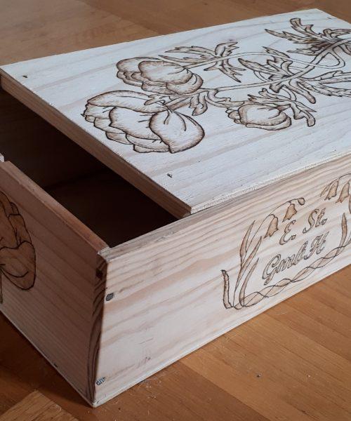 Handwerkskunst Holzfiguren Möbelrestaurierung Antiquitäten Personalisierung Holzweinkiste