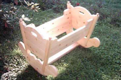 Tischlerei Kinder Haustier Möbel Baby Wiege Zirbe Massivholz