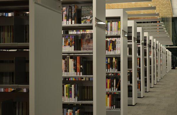 Innenarchitekt Objekteinrichtung Geschäftseinrichtung Büromöbel Schule Universität Bibliothek Bücherei