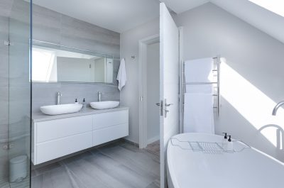 Altbausanierung Badsanierung Küche Schrankraum Badezimmer modern